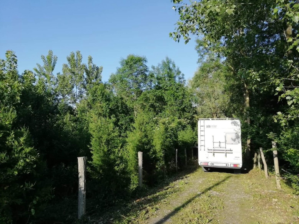 Aire camping-car à Saugy (18290) - Photo 9